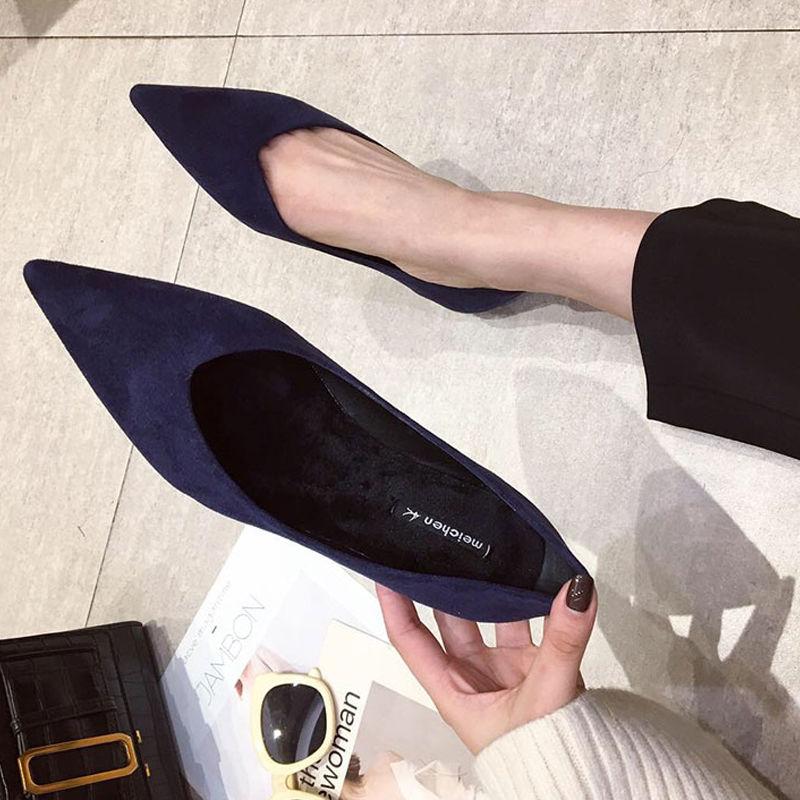 Женские туфли-лодочки с острым носком, черные или красные однотонные замшевые туфли на плоской подошве, без застежки, большие размеры, весна...