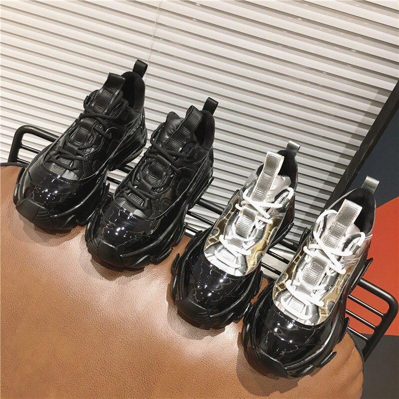 2019 femmes semelles épaisses chaussures décontractées surélevées hiver nouvelle mode baskets en cuir verni miroir en cuir chaussures pour femmes U13-85
