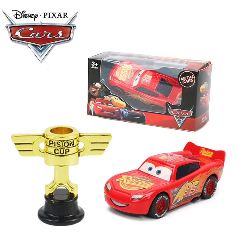Set Of 2 9cm Cars Lightning McQueen 95 With Piston Cup Disney Pixar Cars 3 Toys Mater Jackson Storm Diecast Metal Car Toy Model