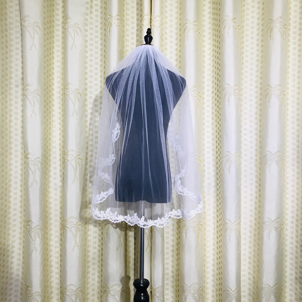One Layers Wedding Veils  Lace Applique Tulle Net Veil Fingertip Length White/Ivory Bride Wedding Accessories Veils