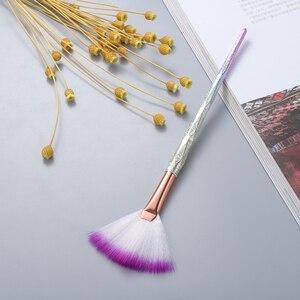 Image 3 - FLD מקצועי איפור מברשת יהלומי פנים מאוורר אבקת מברשת איפור באיכות גבוהה כלי ערכת סומק