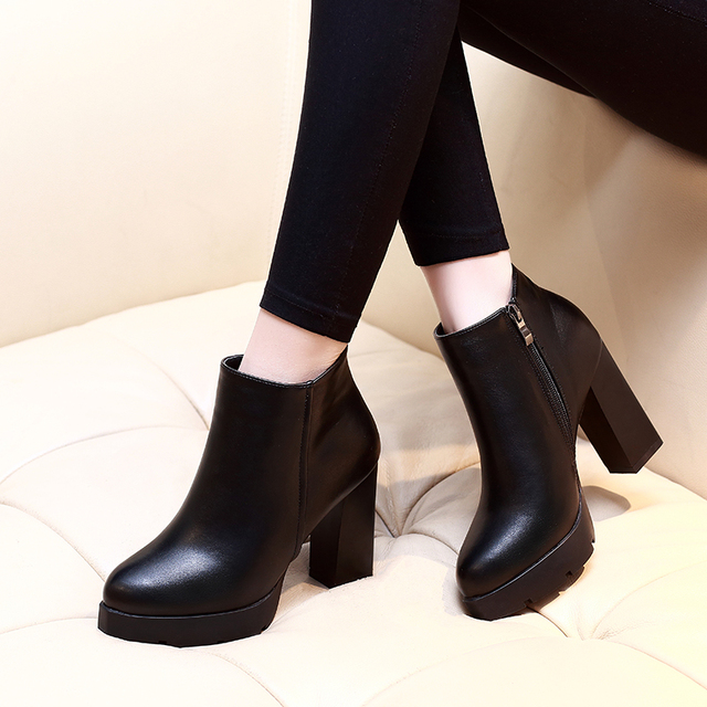 New Fashion Womens Round Toe Soft Leather Ankle Boots
