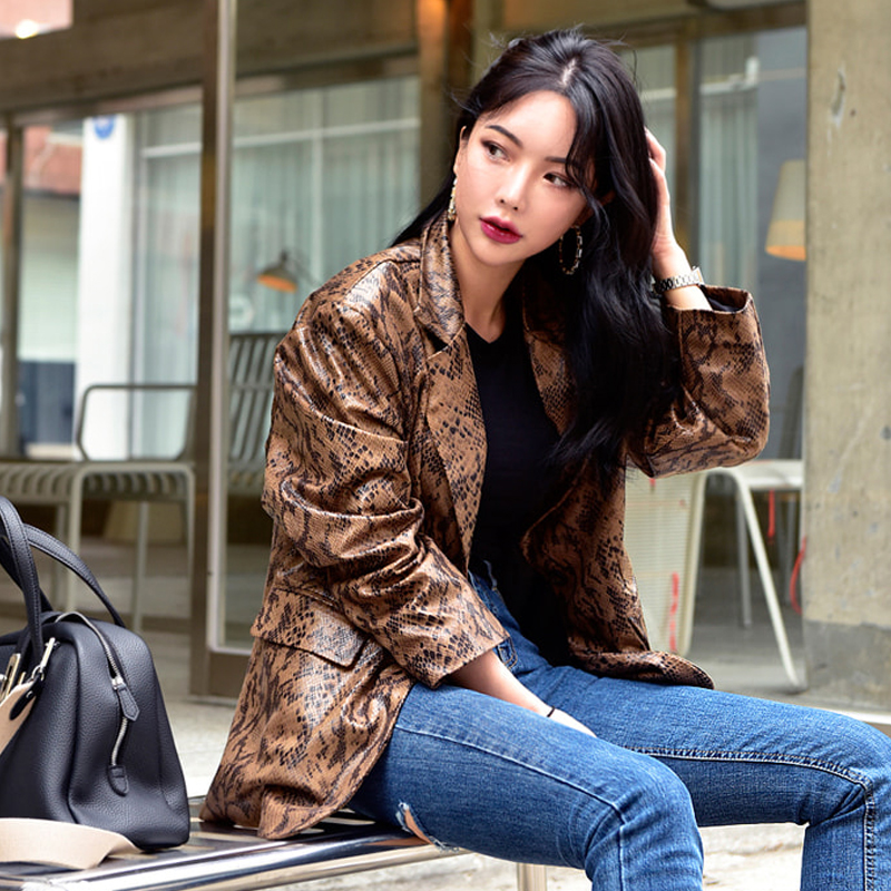 Locomotive style snake pattern pu   leather   jacket retro Leopard pattern jacket oversize   leather   jacket with lining wq2587