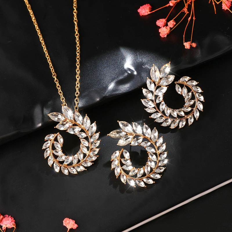 Fashion Bohemian Rhinestone Gold Color Leaf Earring&Necklace Set for Women New Trend Statement Bridal Cubic Zirconia Jewelry Set