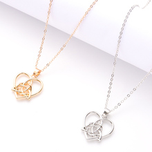 все цены на Women's Compact Heart-Shaped Necklace Ladies Geometric Charm Personalized Necklace Party Jewelry Accessories Girlfriend Gift онлайн