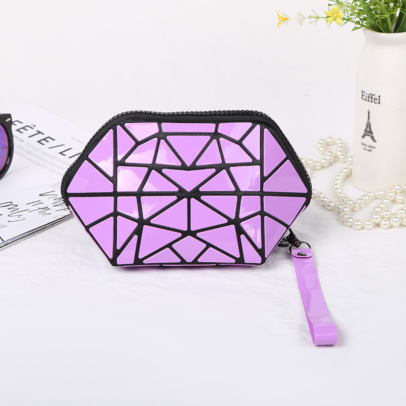 LOVEVOOK Women Makeup Bags PVC Small Clutch Female With Short Strap Cosmetic Bag For Travel Geometric Bag  Purse