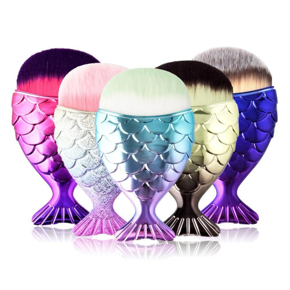 Hot Sell Makeup Brushes Mermaid Brush Portable Flat Foundation Brush Fishtail Bottom Powder Blusher Brushes Curved Makeup Tools