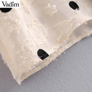 Image 5 - Vadim feminino doce polka dot blusa v pescoço alargamento manga ver através camisas feminino bonito casual à moda topos blusas lb612