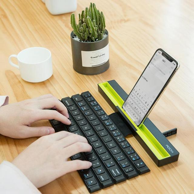 1PCS With Holder Wireless Bluetooth Keyboard Universal Roll Up Quick Response Key Board with Phones Holder