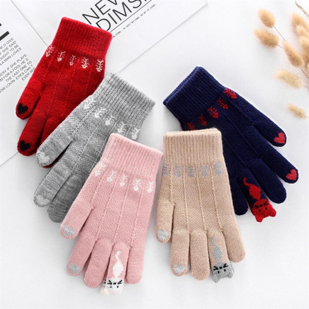 Warm Winter Knitted Full Finger Gloves 1Pair Mittens Women Cute Cartoon Cats Touchable Screen Gloves Handschoenen Guantes