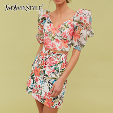 TWOTWINSTYLE Elegant Print Suits Female V Neck Puff Short Sleeve Short Top High