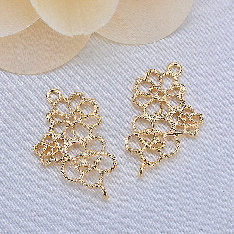 6 Pcs 28x17 Mm 24 K Gold Color Brass 2 Holes 3 Flowers Connect Charms Pendants High Quality Jewellery Accessories
