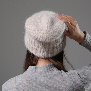 Image 3 - חדש פשוט ארנב פרווה כפת כובע לנשים חורף Skullies חם צמר כובע Gorros נשי כובע נשים סרוג חורף כובע