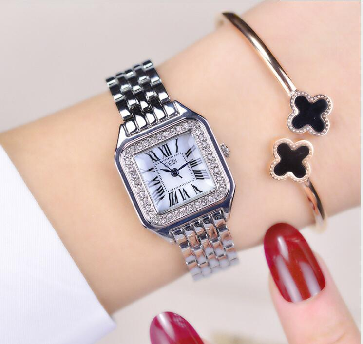 Simple Square Ring Diamond Crystal Dial Waterproof Ladies Bracelet Watch Luxury Brand Fashion Quartz Ladies Watch Dress Jewelry