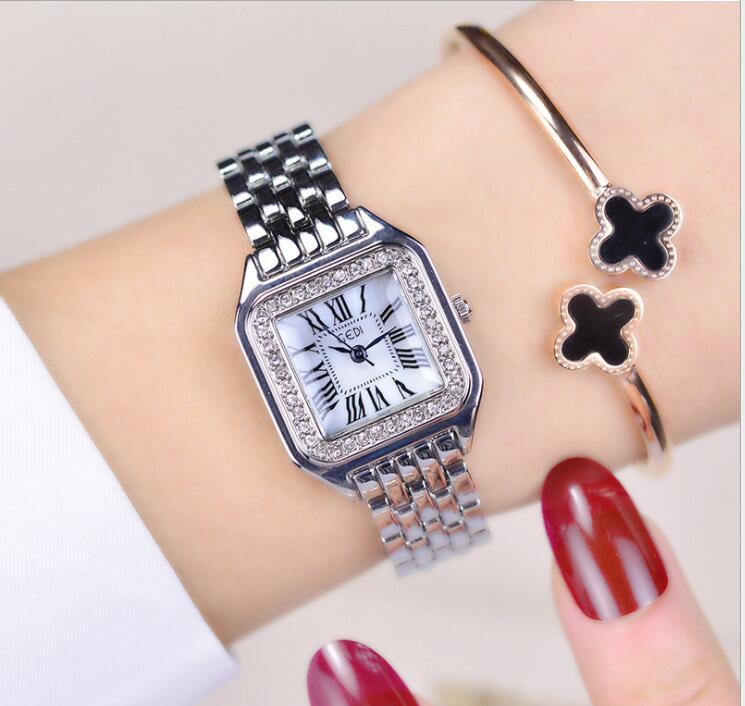 Simple Square Ring Diamond Crystal Dial Waterproof Ladies Bracelet Watch Luxury Brand Fashion Quartz Ladies Watch Dress Jewelry