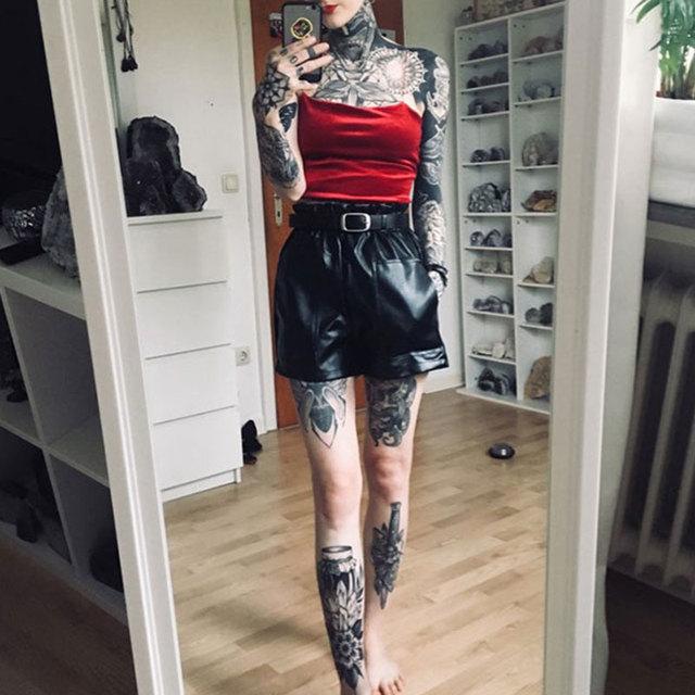 Elastic High Waist Loose PU Leather Shorts Women England Style Sashes Wide Leg Short Ladies Sexy Leather Shorts Autumn Winter 2