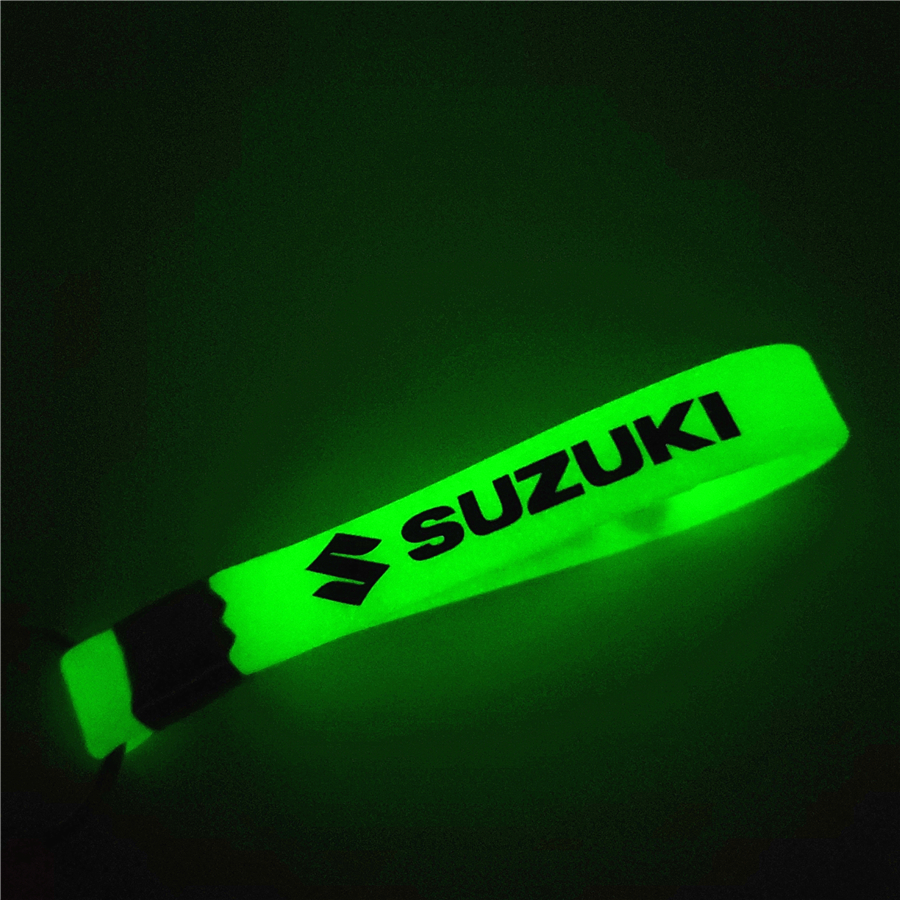 Luminous Green Car Keychain KeyRing For Suzuki Swift SX4 Vitara Jimny S-CROSS Car Styling