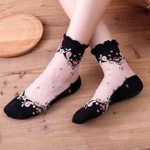 1 Pair Super Thin Women Socks Anti Skid Lace Elastic Cotton Retro Soft Sexy Shorts Summer Fashion Mesh Flowers Comfortable