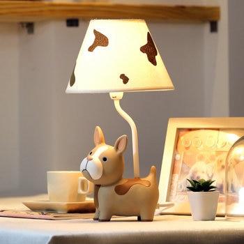 Modern Indah Deco Anjing Lampu Meja Creative Resin LED Meja Lampu untuk Ruang Tamu Kamar Tidur Samping Tempat Tidur Lampu Ruang Belajar Indoor lampu E27