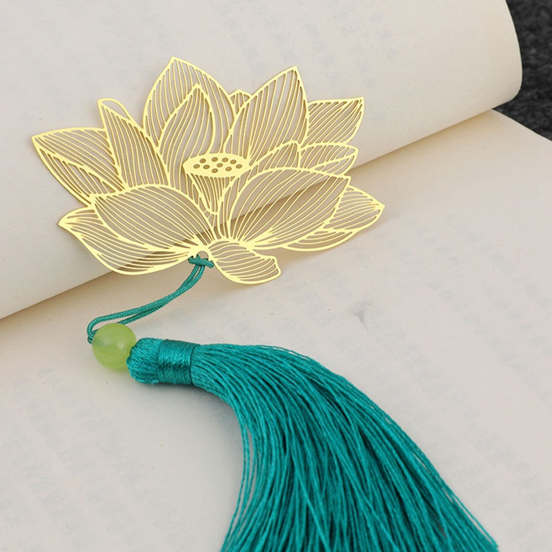 Vintage Chinese Gold Metal Hollow Lotus Leaf Tassel Bookmark Stationery Book Folder Office School Exquisite School Supplies