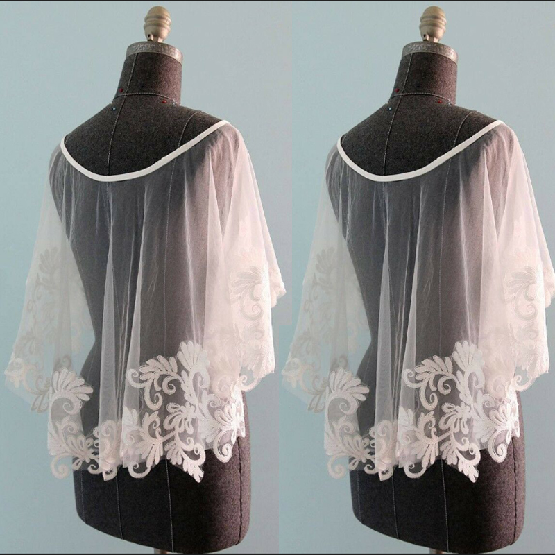 New Short Cape Wedding Lace Boleros Jackets White Lace Applique Custom Plus Size Bridal Wrap
