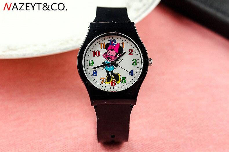 Fashion Trend New Children Cartoon Mickey Mouse Watch Boys And Girls Students Simple Silica Gel Quartz Watch
