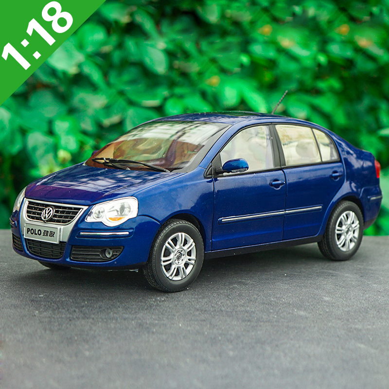 High Meticulous 1:18 VW 2008 Style POLOSedan Alloy Model Car Static Metal Model Vehicles Original Box For Gifts Collection