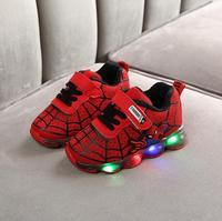 Dla dzieci maluch Led świecące tenisówki dzieci haczyk pętli moda świecące buty dla dziewczynek chłopców Spider man buty dla dzieci w Trampki od Matka i dzieci na