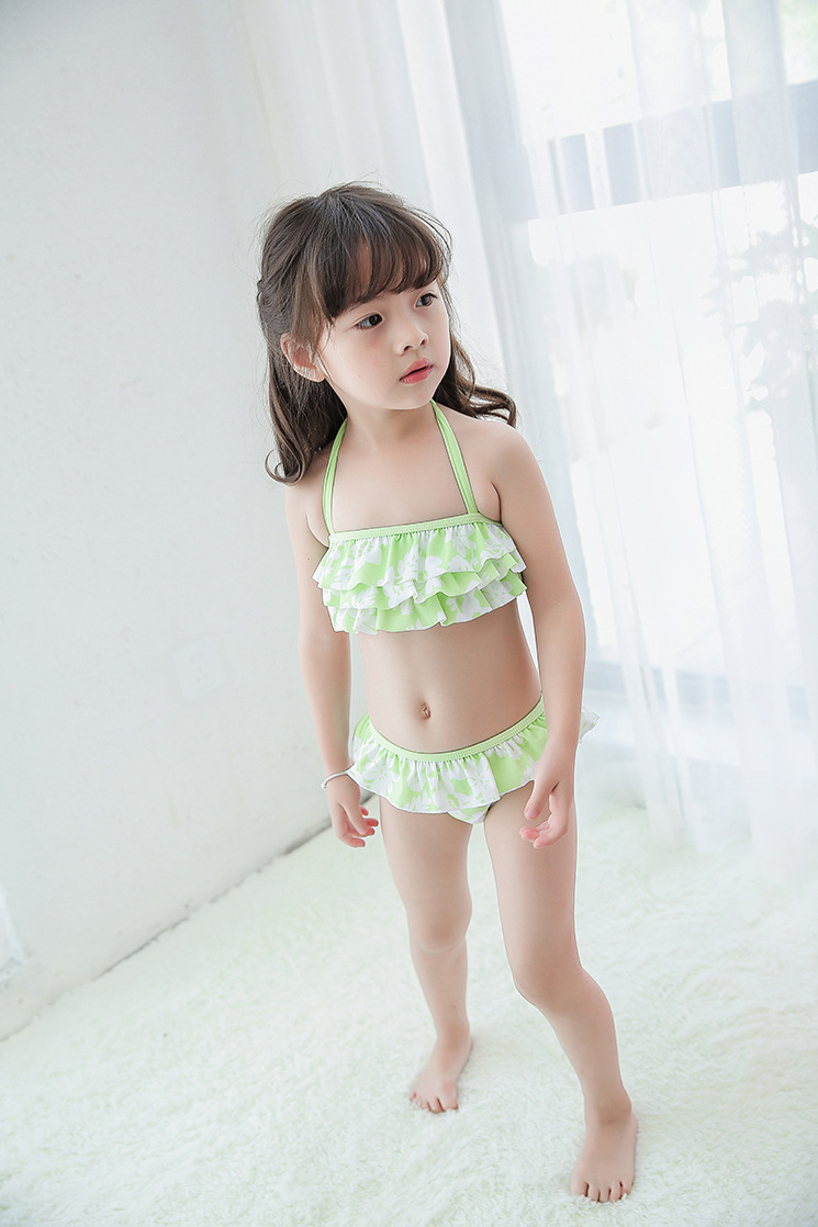 Hot Sales Korean-style KID'S Swimwear Baby Small Children Girls Cute Green Stripe Cake Split Type Swimwear Hot Springs