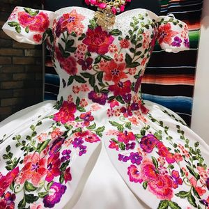 Image 4 - Floral Satin vestidos de 15 años 2019 Puffy Embroidery Quinceanera Dress Off the Shoulder Sweet 15 Dress Long Prom Gowns