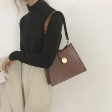 Special-Interest Design Bag Female 2020 New Popular Net Red Retro Underarm Bag All-Matching Ins Crocodile Pattern Small Square