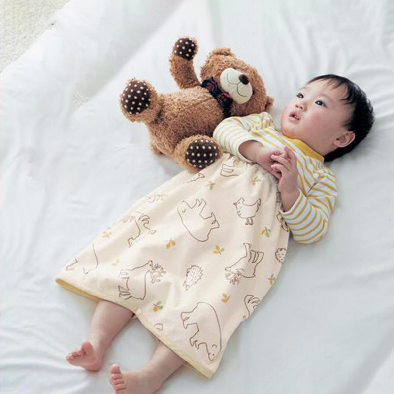 Foldable Portable Infant Travel Changing Pad For Diaper Skirt Dress For Baby Diapering Floral Pattern