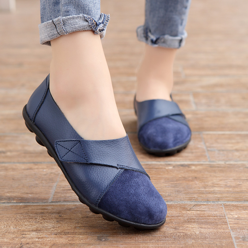 2020 Woman's Flats Shoes  woman Soft Genuine Leather Big Size 35 44 mocassin Boat Shoes for Women Hook Loop mocasines de mujer