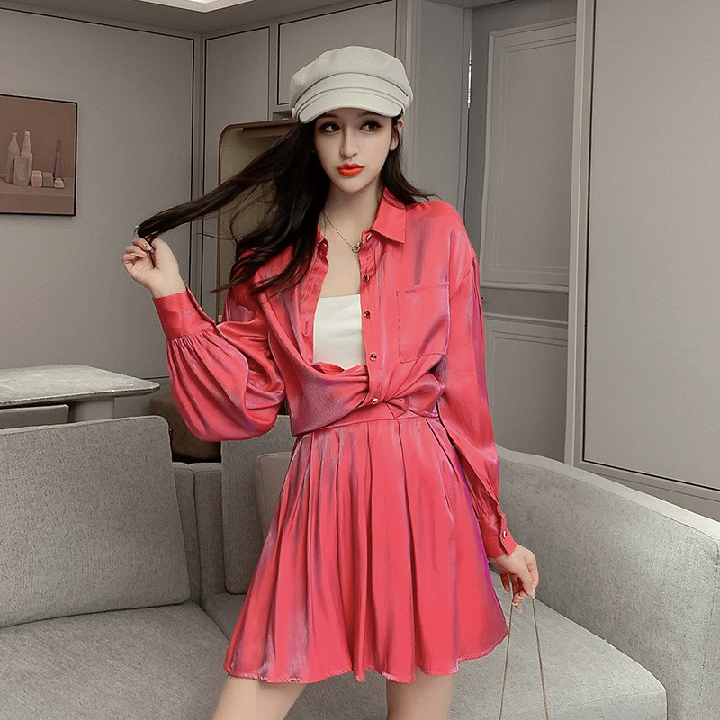 2020 Spring Clothing New Style Fold-down Collar Long Sleeve Polarized Light Shirt Pleated Short Skirt Two-Piece Set Clothing Fas