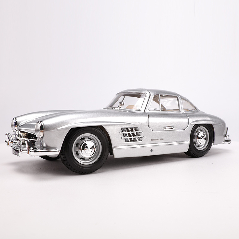 Burago 1: 18 1954 Mercedes 300SL Retro Vintage Car Model Alloy Car Thin Model Toy High Simulation Toy Gift Collection