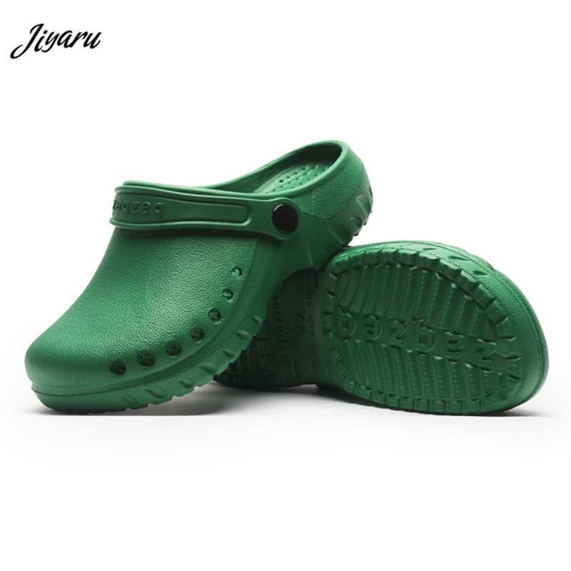 New Medical Shoes Non Slip Surgical Sandal Shoes for Hospital Operating Room Waterproof Doctor Slippers Specialist Work Slippers