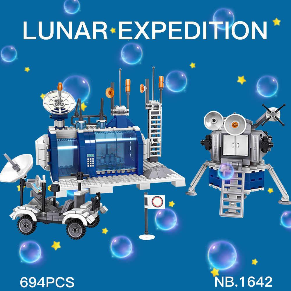 Space Station Rocket 1642 lunar lander Apolloed Spaceship Space Shuttle Ship Figures Model Building Blocks Bricks toys