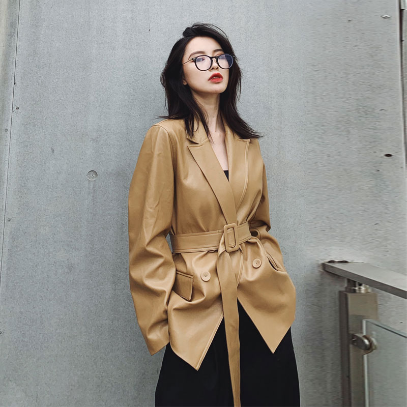 LANMREM Handsome Pu Leather Jacket Woman 2020 Spring Korean Trend New Notched Collar Long Sleeve Loose Blazers With Belt YJ026