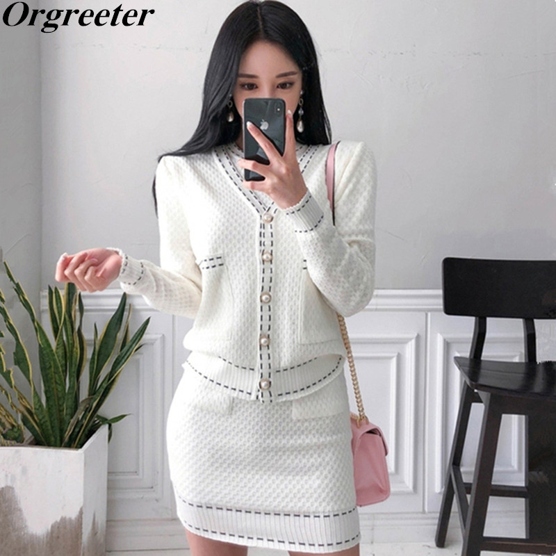 2019 New Knitted Sweater Dress Set Fashion Temperament V-neck Pearl Button Knit Cardigan Jacket Short-sleeved Dress 2 Piece Set