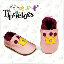 Tipsietoes Brand Crown Soft Baby Kids Crib Toddler Shoes Moccasins Girls Princess First Walkers New 2021 Autumn Spring Unisex