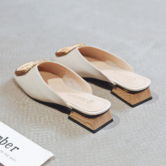 Designer Women Pumps Slippers Slip on Mules Low Heel Casual Shoes British Wooden Block Heels Summer Pumps Footwear 2