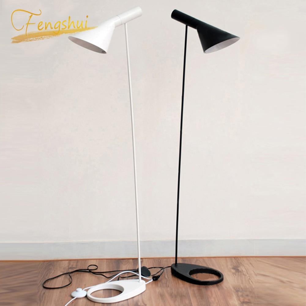 Styl skandynawski AJ lampa podłogowa czarna metalowa stojąca lampa salon sypialnia nocna LED udekoruj lampy podłogowe oświetlenie Luminaria