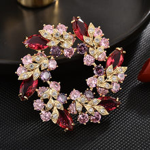 Luxury Crystal Corsage Flower Brooches Pins Rhinestones Brooch for Women Elegant Wedding Jewelry Vintage Scarf Lapel Pin Gift(China)