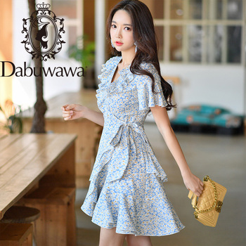 цена на Dabuwawa Boho Floral Print Belted Ruffled Neck Holiday Dress Women Solid Fit and Flare Ruffle Vacation Dresses Female DT1BDR005