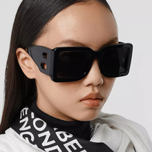 2021 Brand Square Sunglasses Woman Oversized Black Style Shades For Women Big Frame Fashion Sunglasses Female UV400 Glasses cheap MEIHOU CN(Origin) Adult Plastic Gradient Photochromic 45mm Polycarbonate 97076 Eyewear 53mm