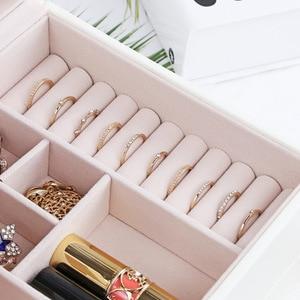 Image 5 - Fashion Design Lederen Sieraden Doos Sieraden Geval Sieraden Pakket Opslag Grote Ruimte Sieraden Ring Ketting Armband Hot Selling