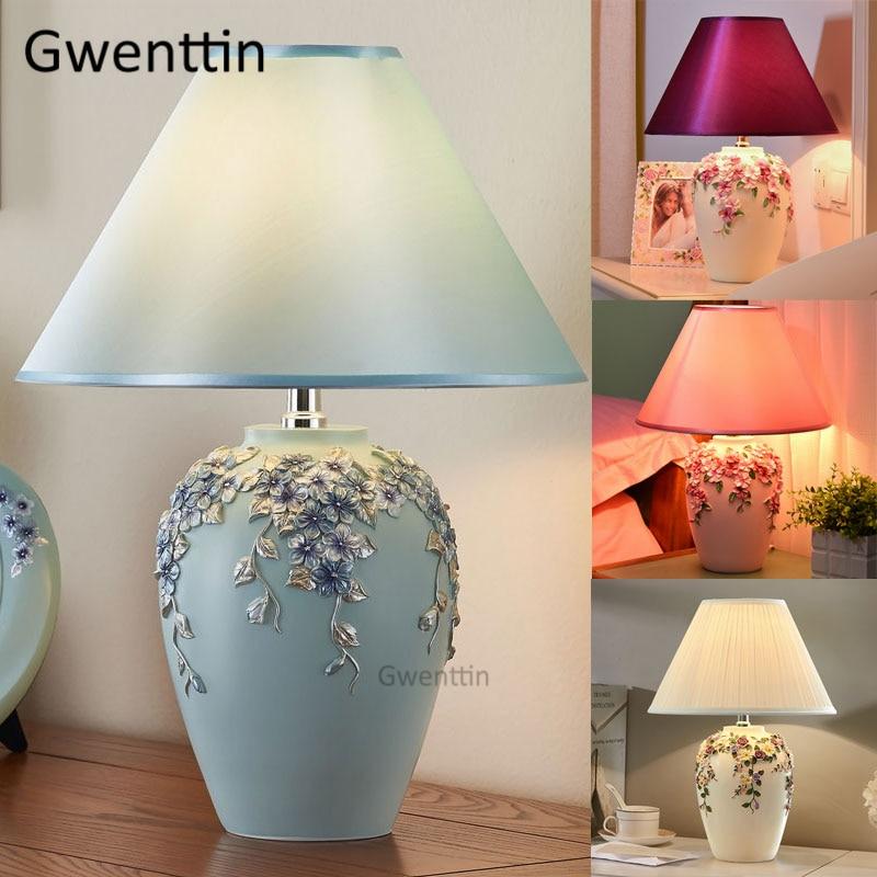 Modern Romantic Flower Table Lamps Led Stand Desk Light Resin Standing Lights for Living Room Bedroom