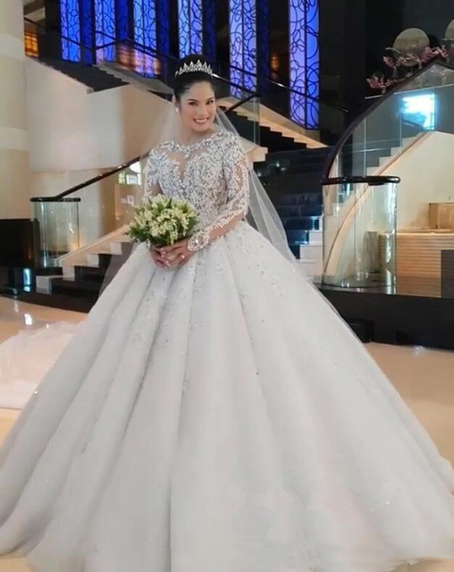 New Luxury Lace Ball Gown Wedding Dresses Long Sleeves Beaded Appliques Jewel Neck Court Train Wedding Bridal Gowns Custom Made 1