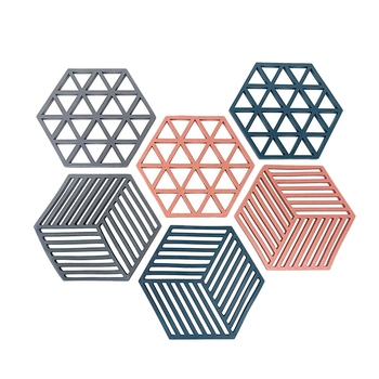 Hexagon Shaped Trivets Made Of High Quality Food Grade Silicone Pot Holders For Home And Kitchen Use