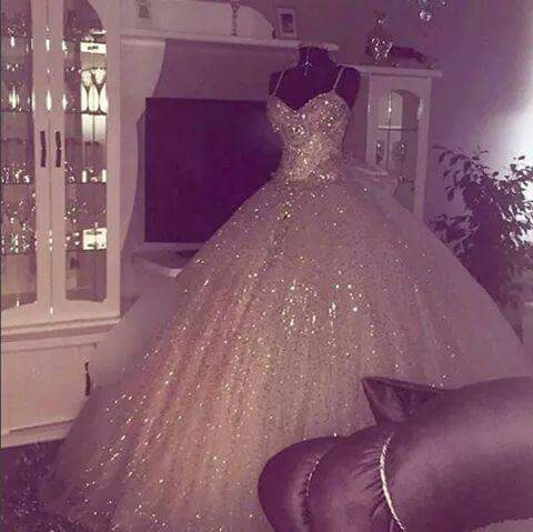 Free Shipping Custom 2018 Bridal Ball Gown With Embellished Waist Crystal Sequins Vestido De Noiva Mother Of The Bride Dresses